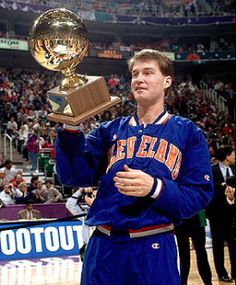 Mark Price celebrates winning the 1993 Three-Point Shootout in Salt Lake City.